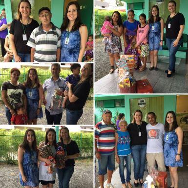 Hoje na Ong foi dia de entrega do benefício junto com a lembrança de Natal. Nas fotos algumas das famílias atendidas pela Ong.